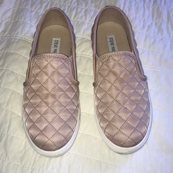5913ce60190 Steve Madden ECENTRCQ Quilted Sneakers Pink Nude. M 5b32dc1912cd4a68b67150d0